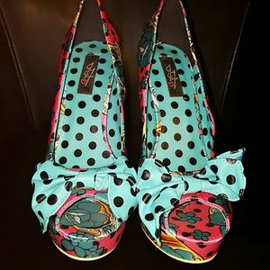 Shoes - Big Bow Very Cute Pin Up Girl Heels